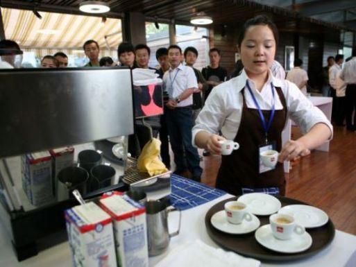 china-noul-miraj-de-ce-vor-producatorii-de-cafea-sa-convinga-asiaticii-sa-renunte-la-ceai_size9